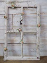 Shabby chic ablakkeret, szárazvirág girlanddal. 38x60,