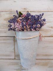 Bádog falikaspó, szárított virágokkal. 33x20