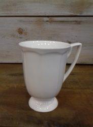 Talpas porcelán bögre 8x11,5